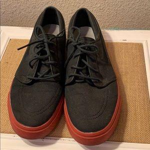 Black/Red Nike's (12)